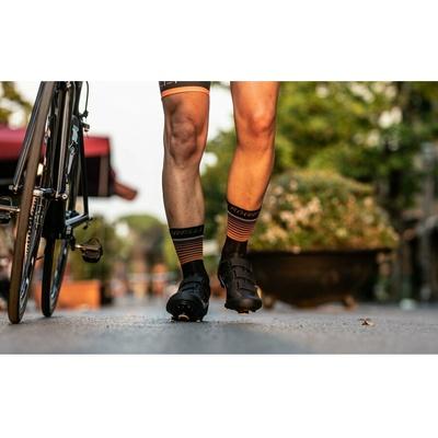 Funkcjonalne skarpety Rogelli HERO nie tylko dla rowerzystów, czarno-pomarańczowe 007.905, Rogelli