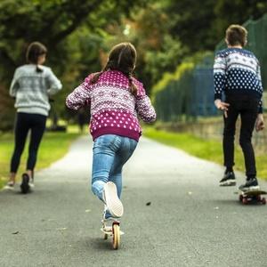 Dziecięcy Merino sweter Kama 1013 114, Kama