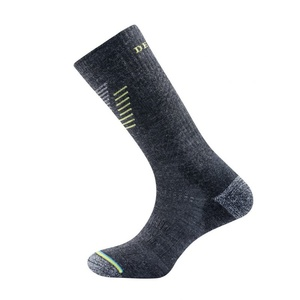 Skarpety Devold Hiking Medium Sock Dark Grey SC 564 063 A 772A