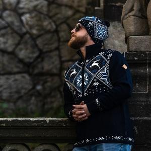 Męski Merino sweter Kama 4055 108, Kama
